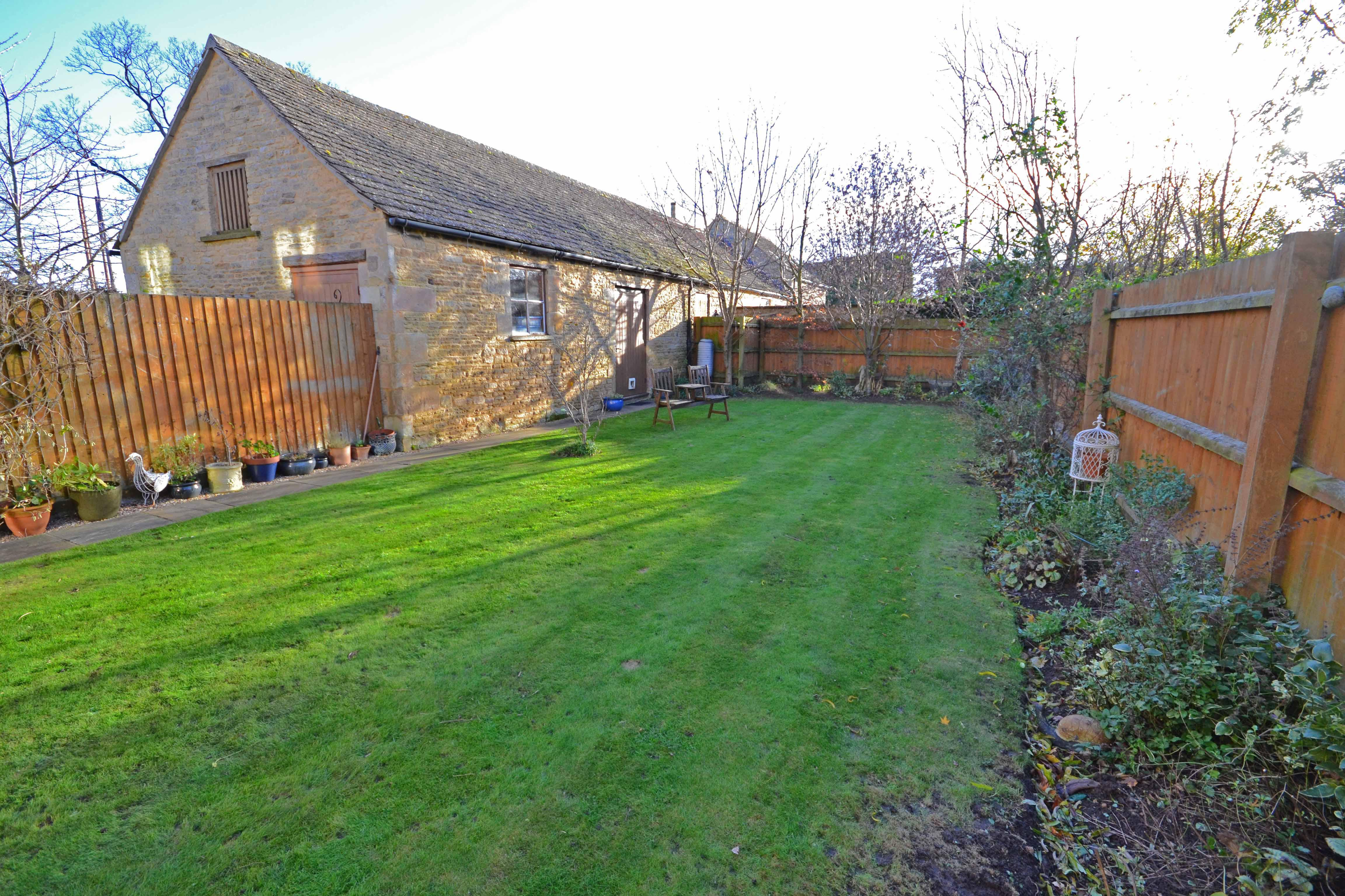 Gorgeous Family Home For Sale Tallington, Stamford- Check It Out!