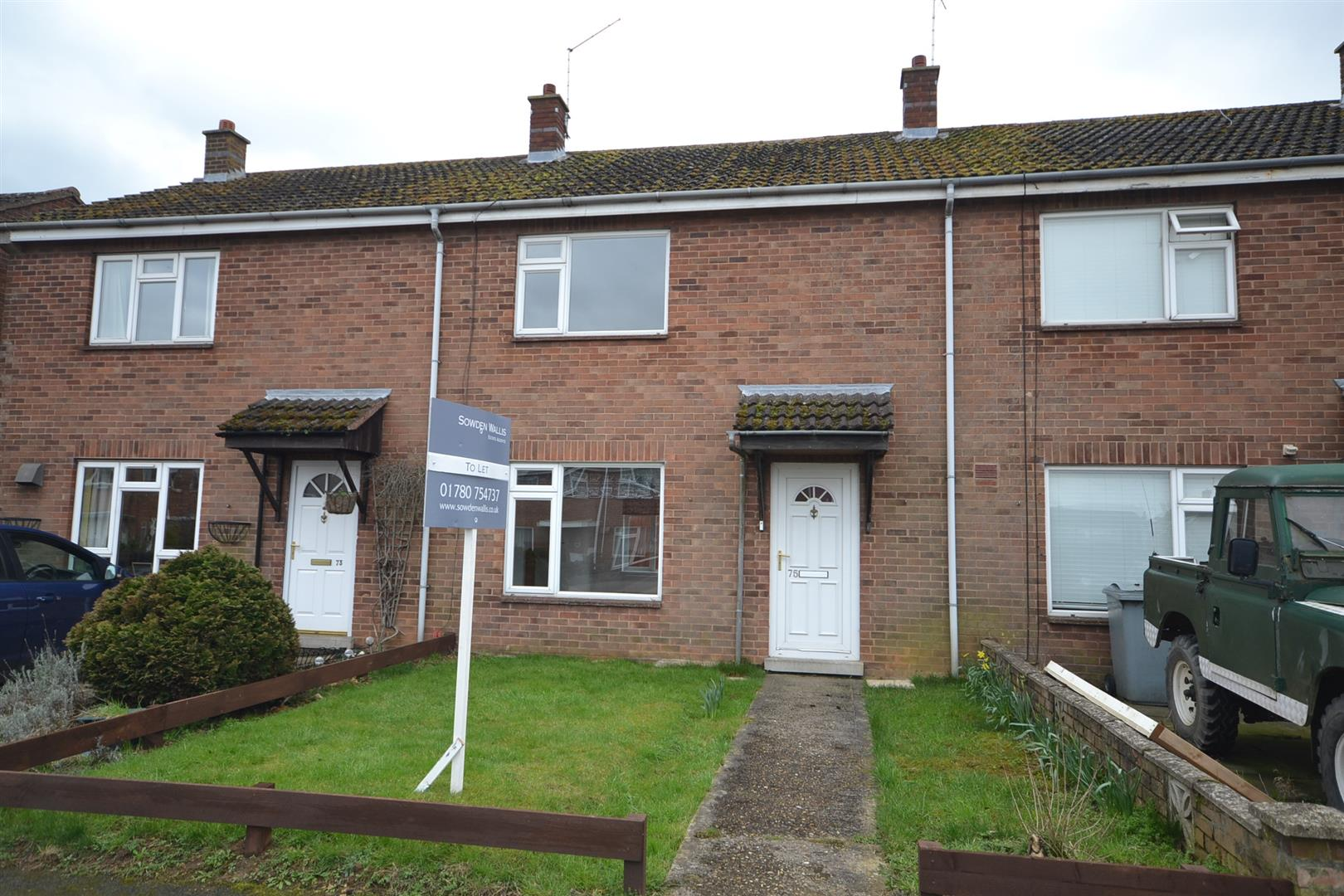 2 Bedroom House - Mid Terrace -