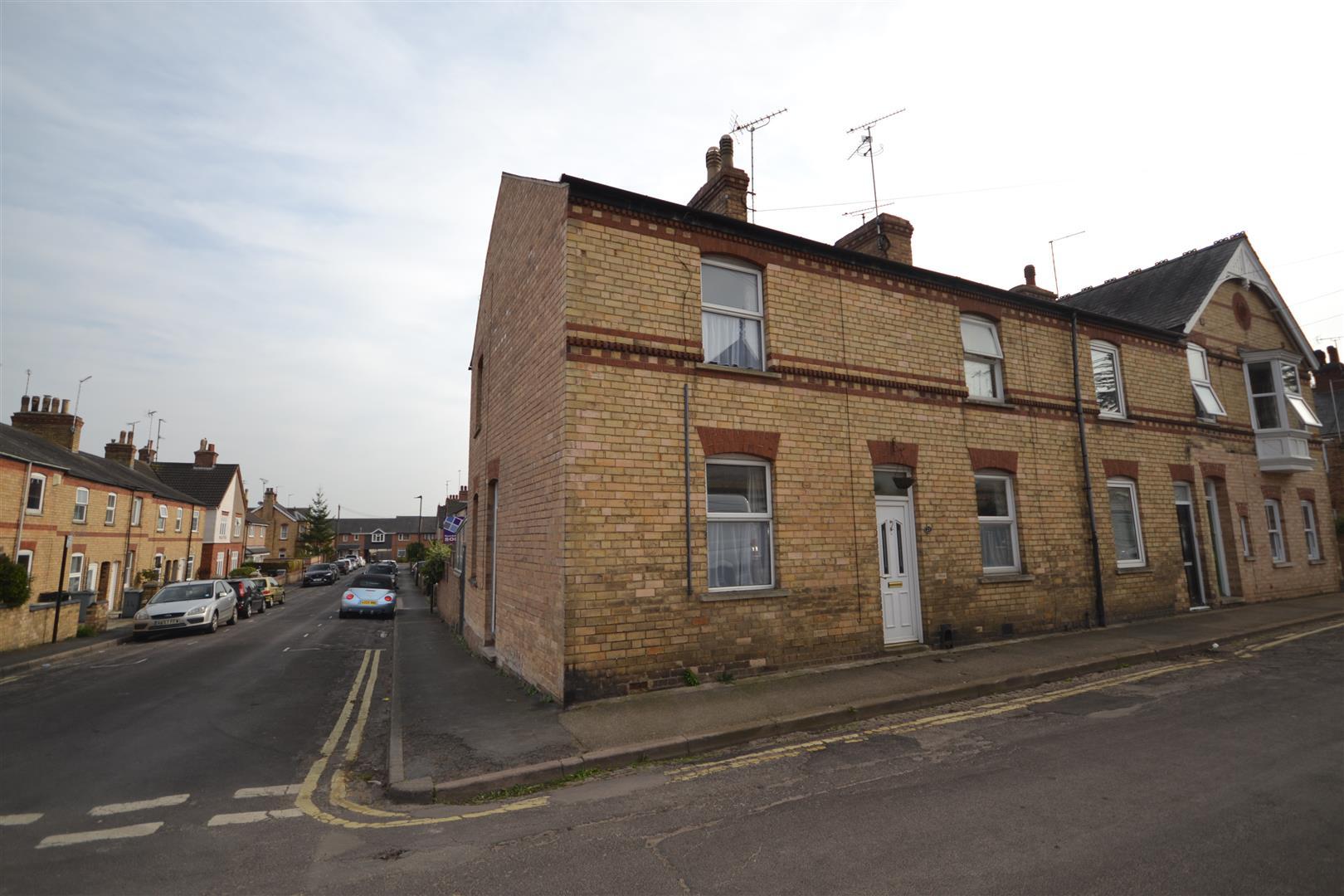 2 Bedroom House - End Terrace -